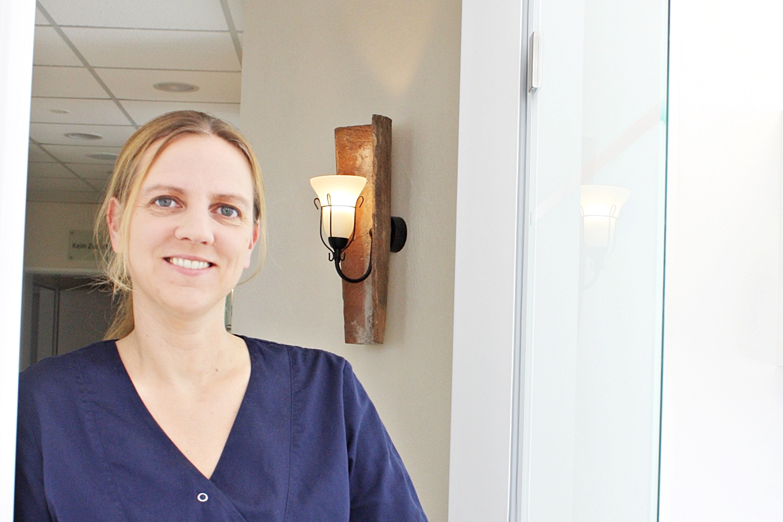 Dr. Joana Krause